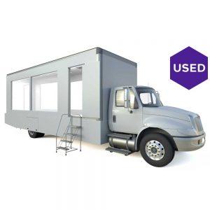 Lime-Media-Used-2011-International-24-ft-Glass-Truck-4300
