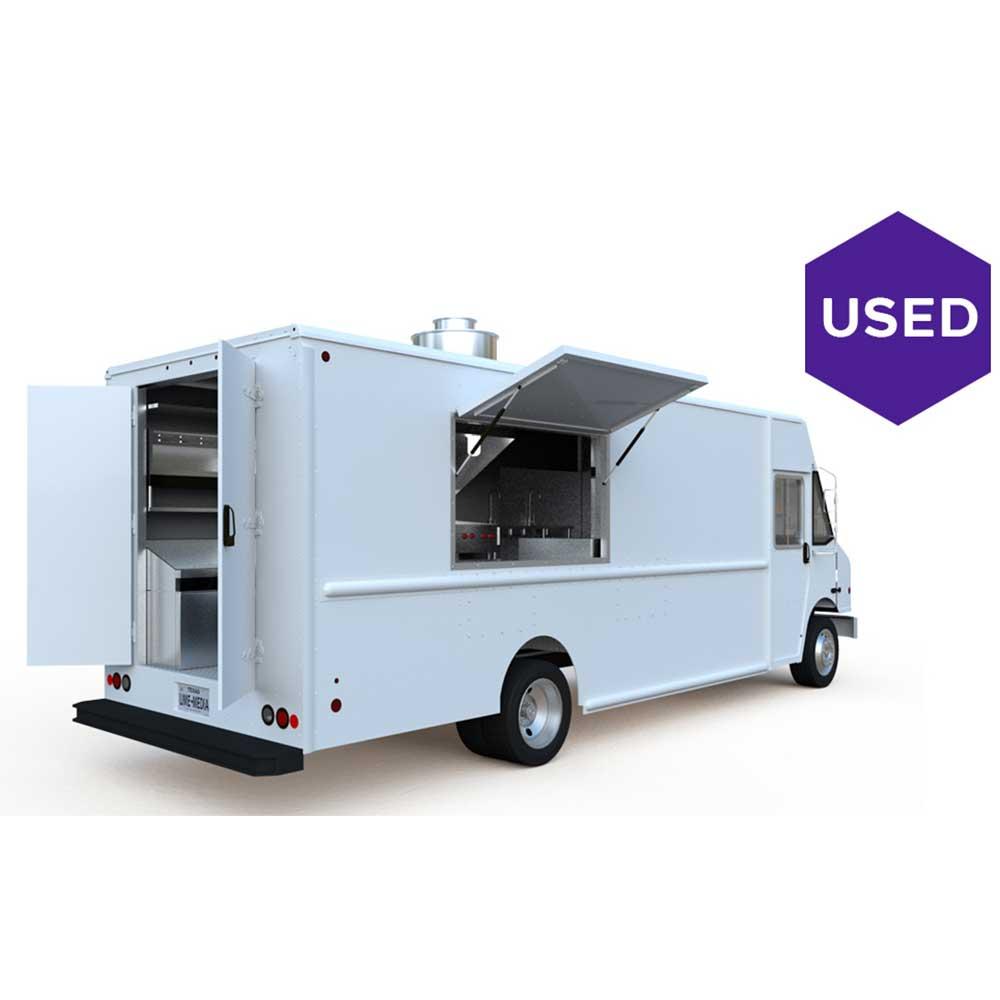 Lime-Media-Vehicals-2010-Ford-28-ft-Step-Van-E350-UD